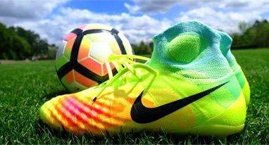 耐克全新一代足球鞋 3D打印+动作捕捉技术加持