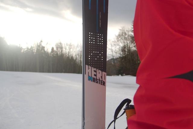 这款滑雪橇/板能让数据可视化 还长着一副明星脸