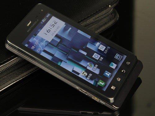 八月上市新机抢先看  诺基亚N9领衔