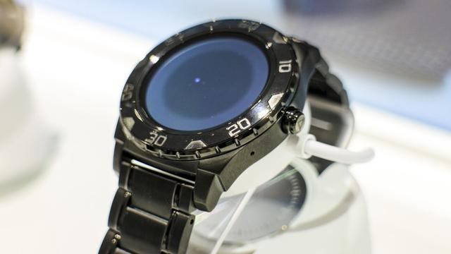Guess智能手表上手 时尚品牌这样理解科技