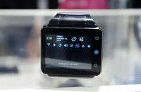 2.4寸屏智能手表试玩 就是一款手表型安卓手机