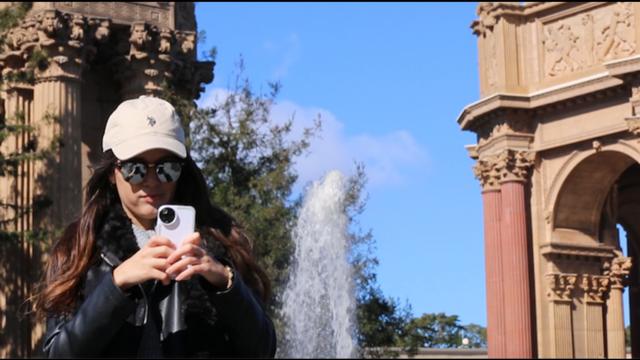 带四个镜头的iPhone手机壳 让你瞬间变大师