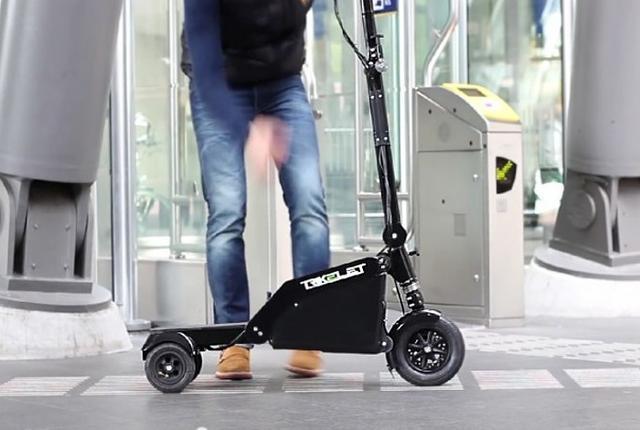 世界上最小的电动折叠三轮车Trikelet