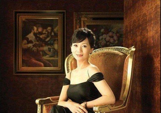 """永远的""""白娘子""""赵雅芝豪宅曝光"""