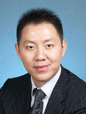 新世界教育集团总裁:许纬_新闻大滚动_教育_腾