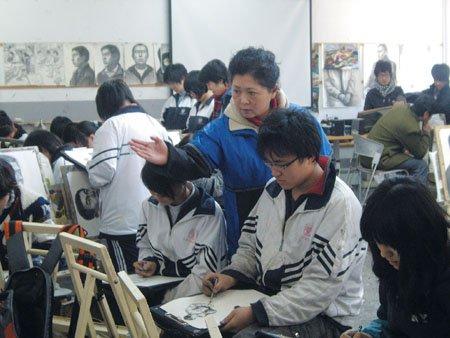 辽宁2010年高考美术统考开考 报学校别超十所
