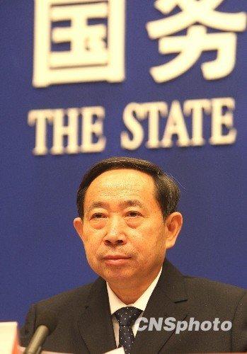 教育部部长袁贵仁:学生生命不保 何谈教育