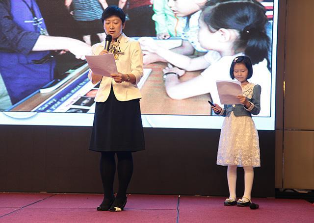 腾讯教育 |【北京站】新东方国际游学家长李女士:游学帮助孩子建立自信