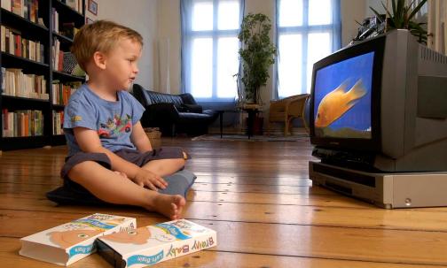 孩子看电视 作为家长你需要注意的十大禁忌
