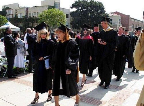 斯坦福女留学生揭秘 中美大学七大不同点