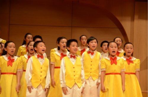 136名北京中小学生分获金、银帆奖阳光少年活动启动