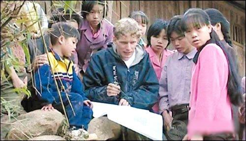 网帖称卢安克或因无志愿者资格离开中国