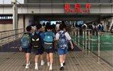 深港跨境学童:每天睡眼惺忪