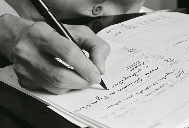 SAT写作技巧:写作中对原文证据的正确运用技