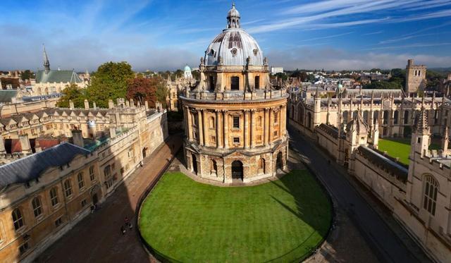 牛津大学学生发起奖学金运动 帮助难民重返学校