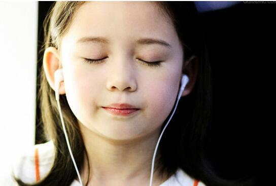 应试技巧揭秘:雅思听力高分的13条基本原则