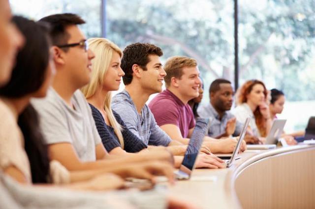 一个学期只上一门课:澳洲大学课程首次在维大改革