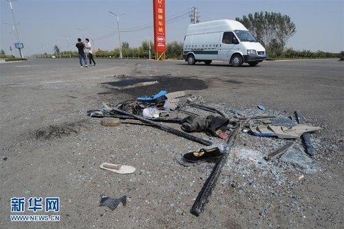 河南睢县校车被撞事故 两名重伤者死亡
