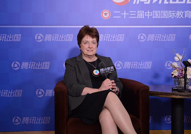 SQA总裁Janet Brown:能够提高学生的英语水平