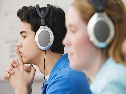 英文听力这么练:选好听力材料 坚持正确方法
