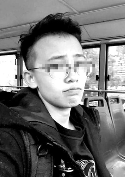 新疆失联女生确认身亡:15人抬遗体步行21公里
