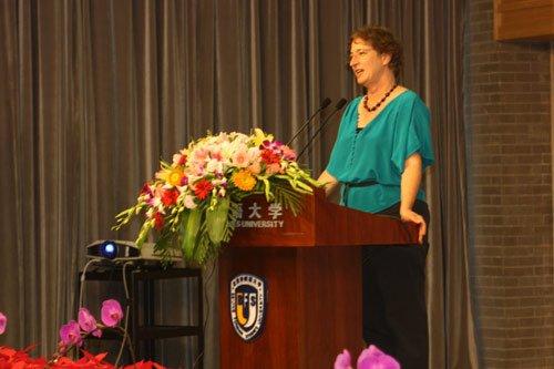 名校招办主任解读2010年赴美留学行前培训