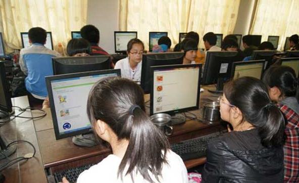教育部组织中小学师生参与安全知识网络竞赛
