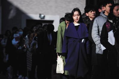 女用春药粉揭秘八位摄影师眼中的最美艺考生_教育_腾讯网2014春節日期