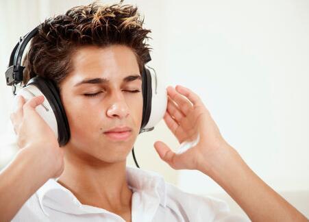 雅思听力高分技术:长段子的五条精听能力