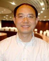 长江商学院金融学教授 欧阳辉