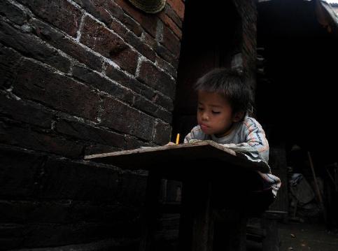 农民工子女困局:家教缺失让孩子融入城市难