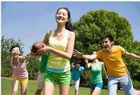 高三学生压力大体力差 适当锻炼有利情绪