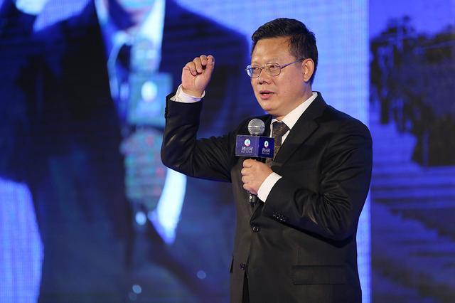 翟小宁:互联网+时代教育的变革与坚守