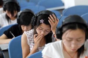 2014年12月大学英语四六级听力短对话的技巧