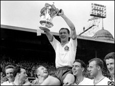 Nat Lofthouse holding the FA Cup after winning