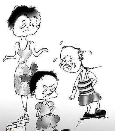 孩子屡被欺负 对方家长不以为然 让娃打回去吗
