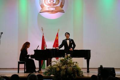 白俄罗斯中国留学生举行音乐会 展示学习成果