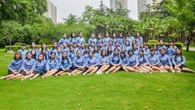 53名幼师专业女生拍民国风毕业照