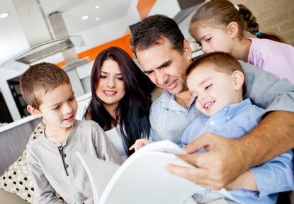 家庭应是养育孩子的温巢:孩子最怕父母做8件事