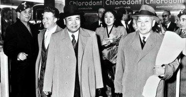 1956年4月14日,以侯德榜为团长、冀朝鼎为副团长的中国文化代表团