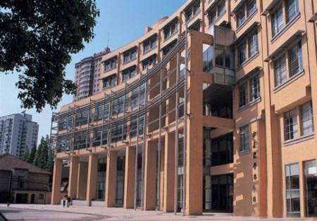 【商学院秀】上海交通大学安泰经济与管理学院