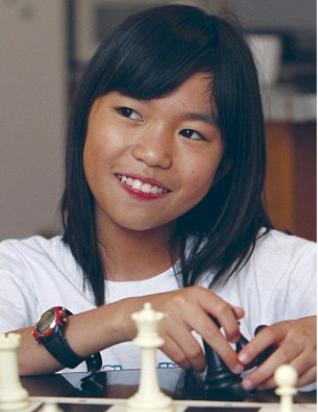 幼女乱伦_11岁华裔女童成美最年幼女国际象棋大师