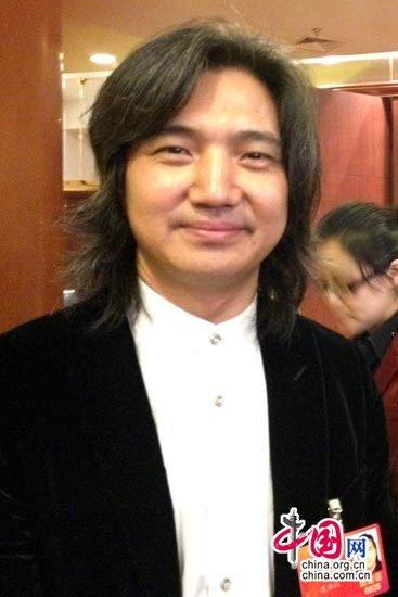 吴为山:美术教学要普及 特长培养不必急功近利