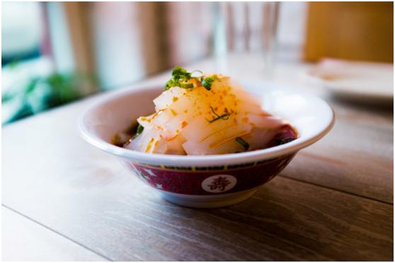 90后留学生在美开中餐厅 欲颠覆传统中餐形象