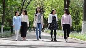 学霸宿舍6女生全读研 4人上北大