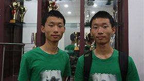 学霸双胞胎兄弟一起赴清华报到