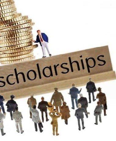 专家解读:留学美国申请奖学金 小众的淘汰赛