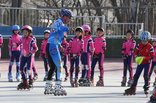 清华附小丁香体育团之轮滑社团