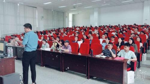 嘉美教育创始人全佳:改变学习习惯即能提高英语成绩