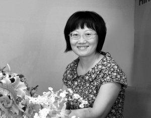 海南华侨中学历史名师谈高考 带问题看材料